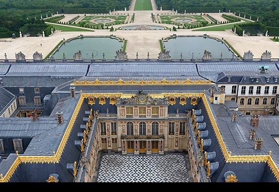 ESSEC partners with the Château de Versailles for Virtually Versailles